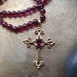 Beautiful Vintage 14K Gold & Garnet Cross Necklace
